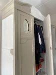 DIY van brocante oude kast naar kledingkast